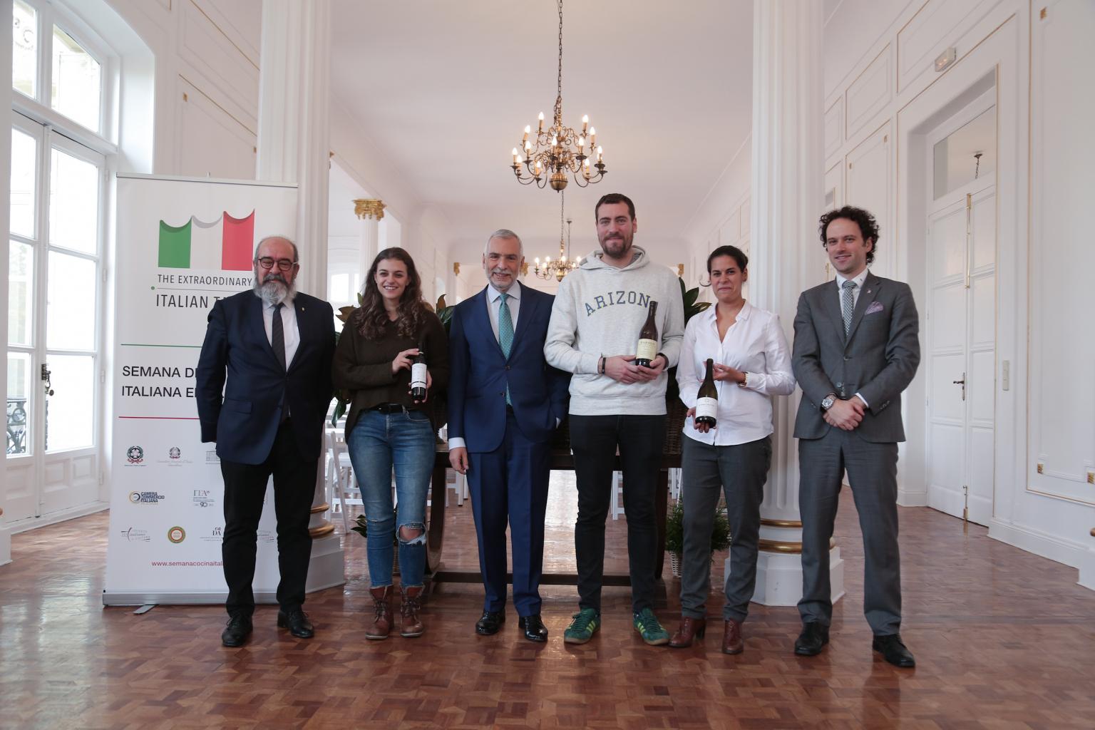 """II Concurso """"Prepara tu futuro-Joven catador en vinos italianos"""""""