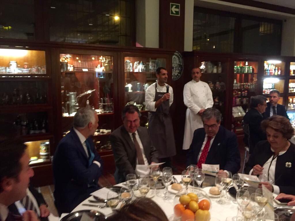 La cena preparada por los chefs Pino Cuttaia y Julio Fernández
